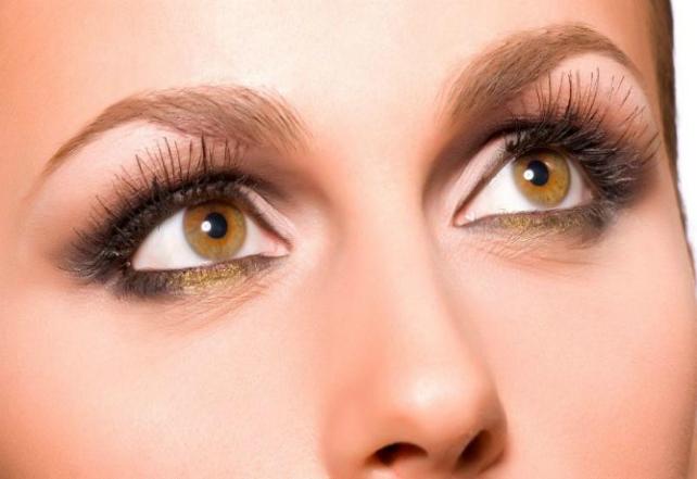 3-hazel-eyes-makeup