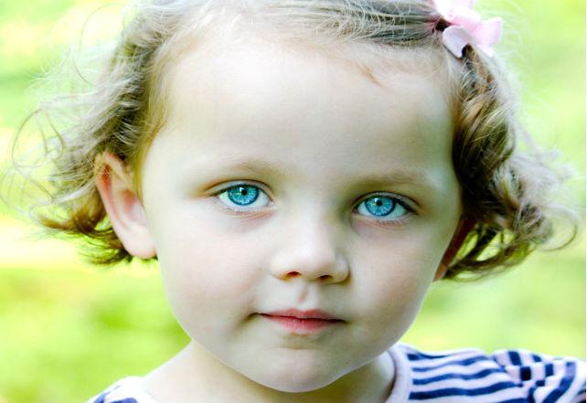little-girl-1304950_1280